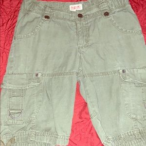 MOSSIMO SUPPLY CO. Cargo shorts for Girls